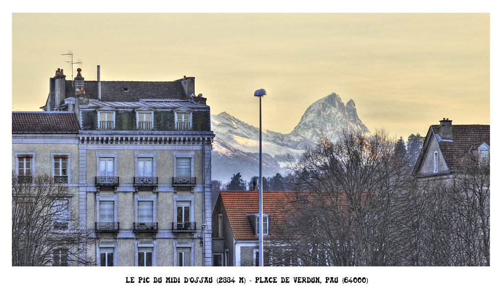 The peak of Midi d'Ossau (2884m) - Place of verdun, Pau (64000) France