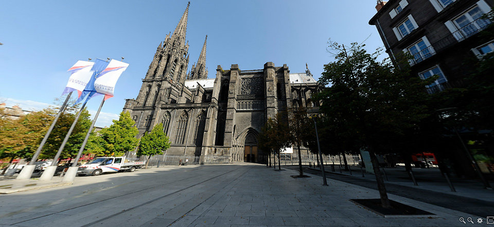 Place de la victoire - Clermont-Ferrand - FRANCE