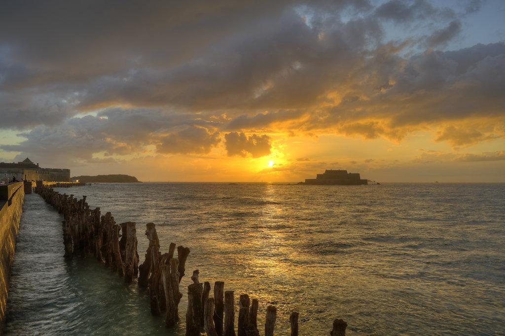 Sunset, National Fort - Saint Malo, France
