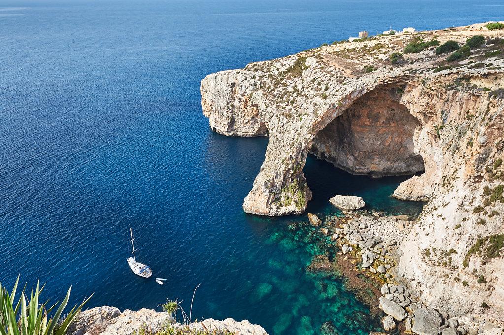 Blue Grotto - Wied iż-Żurrieq, Malta