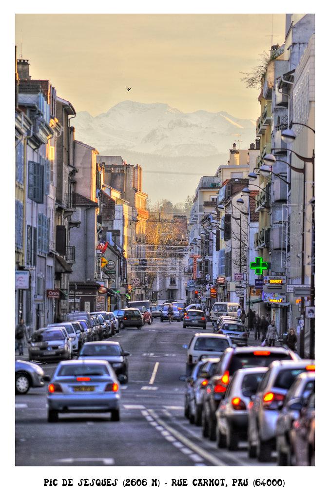 The peak of Sesques (2606m) - Street Carnot, Pau (64000) France