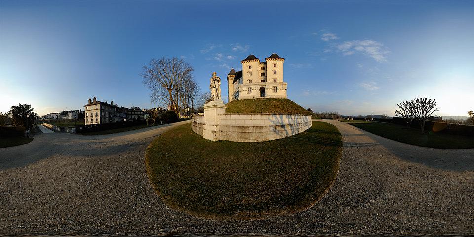 Château de Pau - Face Ouest - PAU - FRANCE